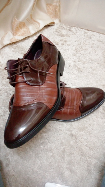 Used Mens patent leather shoes in Dubai, UAE