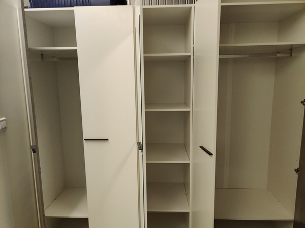 Used Wardrobe / Closet in Dubai, UAE