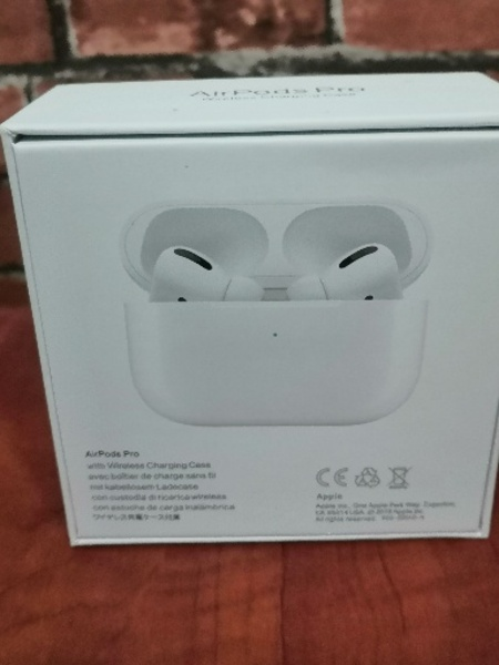 Used Apple Airpods Pro Deal of the day Copy in Dubai, UAE