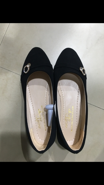 Used Shoes for women in Dubai, UAE