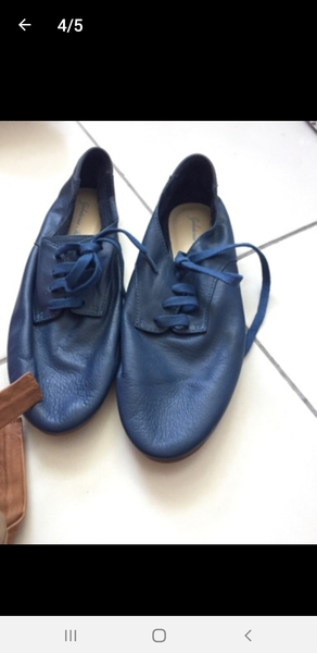 Used 2 branded shoes in Dubai, UAE