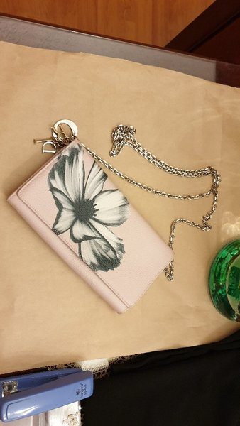 Used dior bag authantic bawith iphone 7 cover in Dubai, UAE