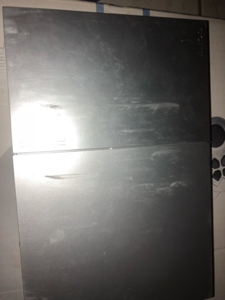 Used Playstation 2 for sale, comes with box in Dubai, UAE