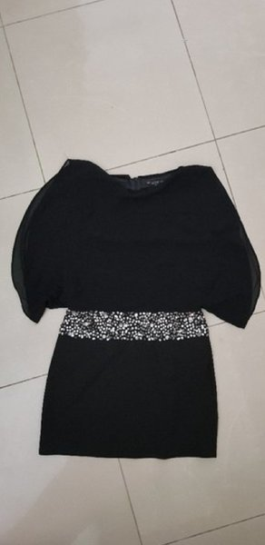 Used Alexander McQueen silk dress sizeM in Dubai, UAE