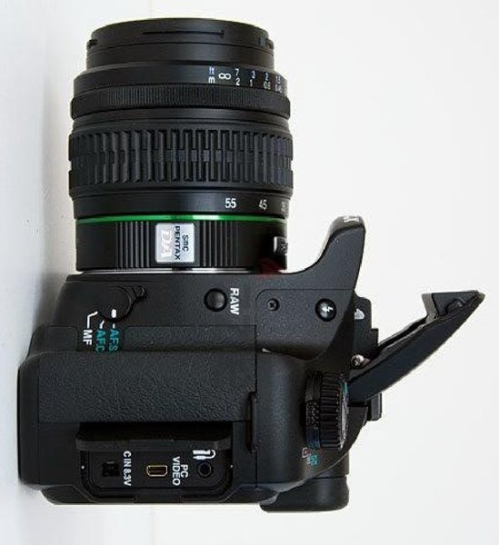 Used Pentax K10 DSLR/18-55mm Lens in Dubai, UAE