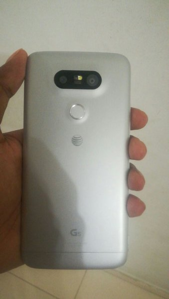 Used LG G5 like brand new in Dubai, UAE
