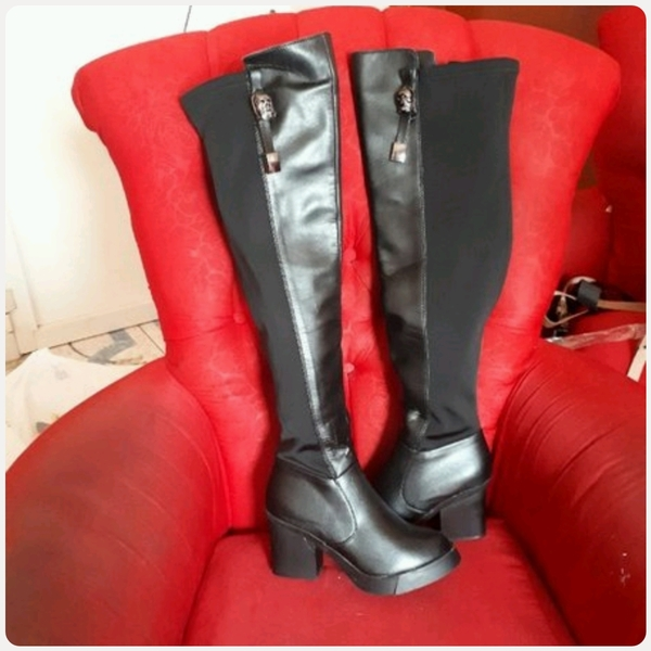 Used Winter Long Boot fits size-37-38 in Dubai, UAE