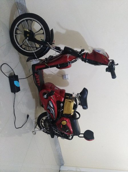 Used Electric bicycle (scooter) in Dubai, UAE