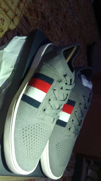Used Tommy hilfiger archer 2 original (new) in Dubai, UAE