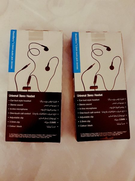 Used 2 Blackberry brand New Headsets in Dubai, UAE