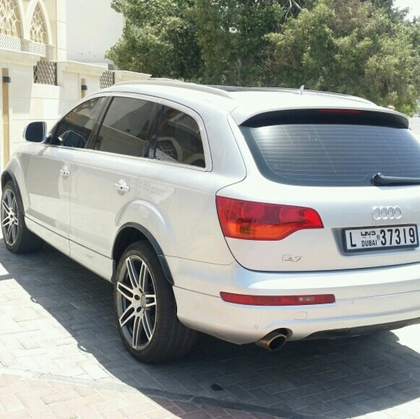Used AUDIO Q7 FULL OPTION 7 SEATER PANORAMIC ROOF  in Dubai, UAE