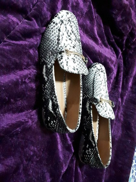 Used Papaya loafers snake skin size38/uk5 in Dubai, UAE