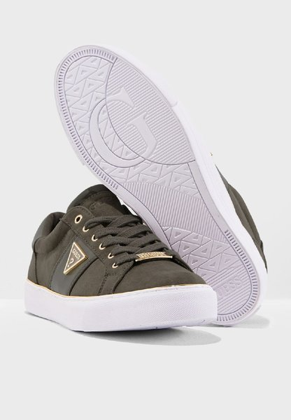 Used New authentic guess sneakers in Dubai, UAE