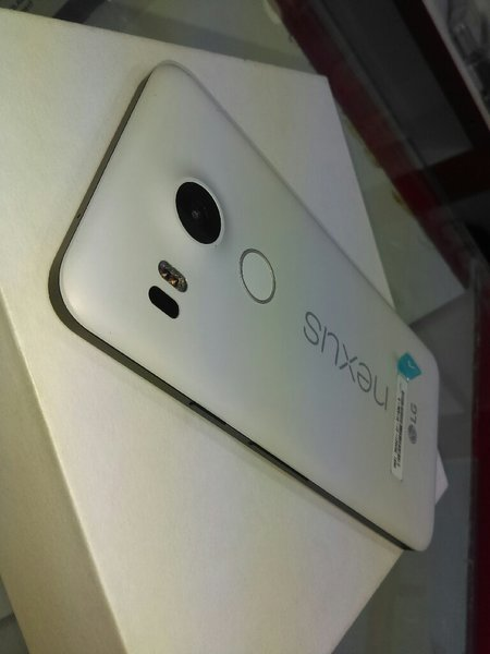 Used Nexus mobile ...32 gb...4 gb ram...4g.. in Dubai, UAE