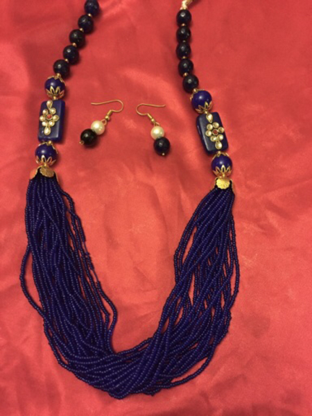 Used Necklace with earnings  in Dubai, UAE