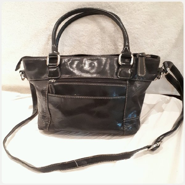 Used GIANI BERNINI BAG in Dubai, UAE