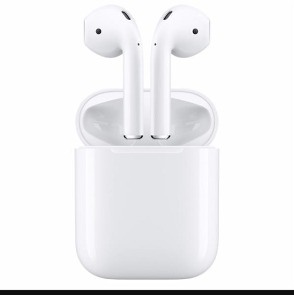 Used Brand New Airpods, Use Ur Free Credit 500 And Buy It For 500 Dhs Only, Original, Real Price 850 in Dubai, UAE