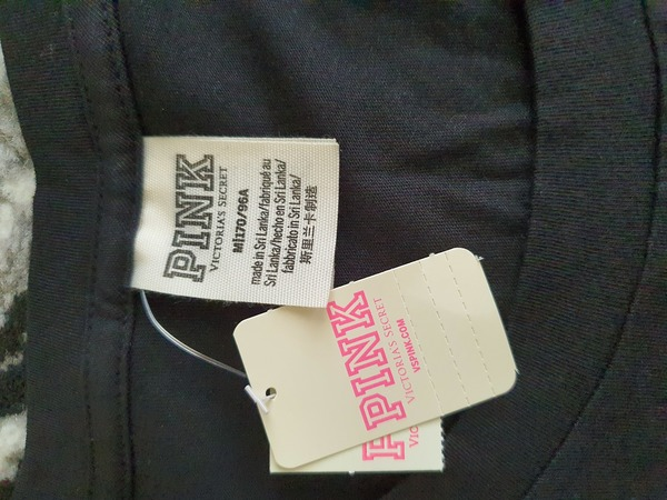Used Pink VS black shirt in Dubai, UAE