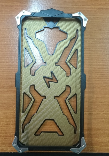 Used Thor Metal Case For Samsung A8  in Dubai, UAE