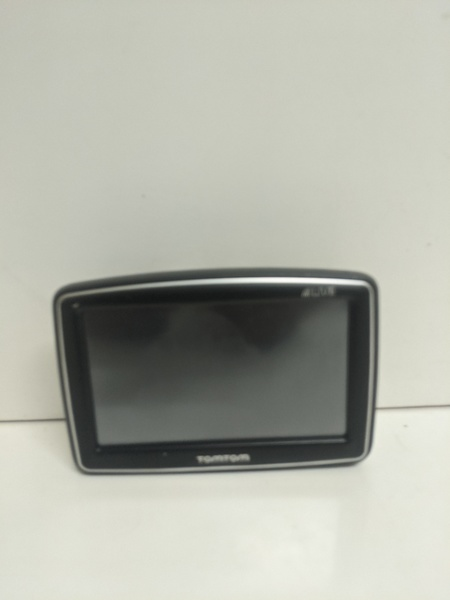 Used Tomtom live navigation device in Dubai, UAE