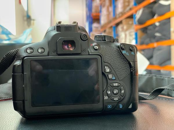 Used Camera 650D in Dubai, UAE