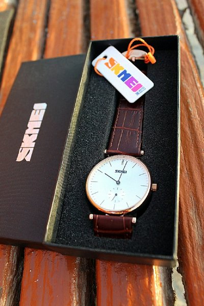 Used Genuine Leather Classic Watch, Both dial in Dubai, UAE