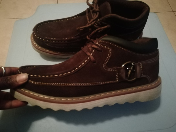 Used Suede brown casual shoes size 40 in Dubai, UAE