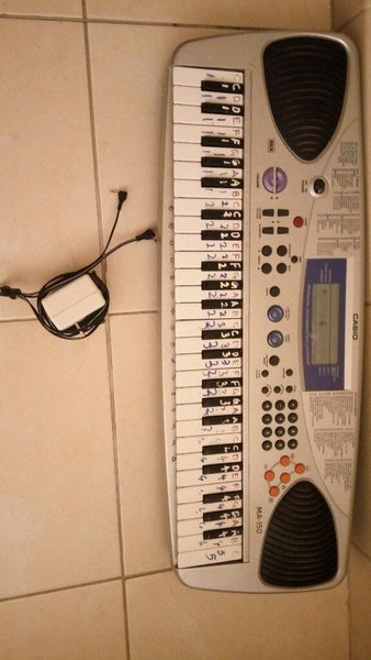 Used practice keyboard in great condition in Dubai, UAE