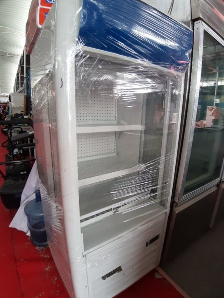 Used Open Chiller for Everything in Dubai, UAE