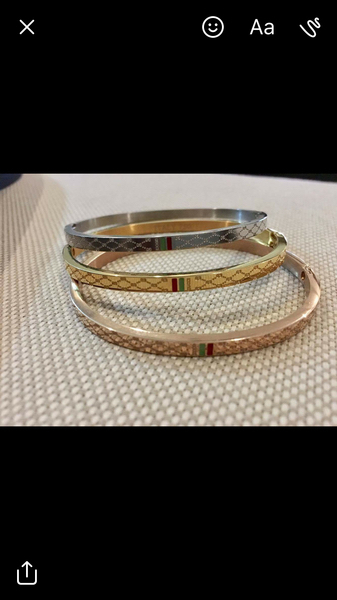 Used Stainless steel Gucci bangle in Dubai, UAE
