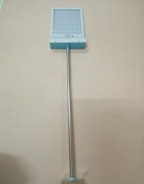 Used Motion sensor solar light, white in Dubai, UAE