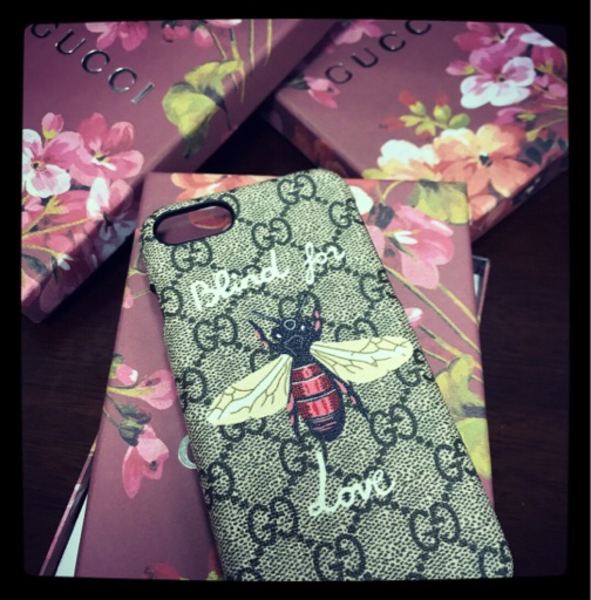 Used iphone7 case in Dubai, UAE