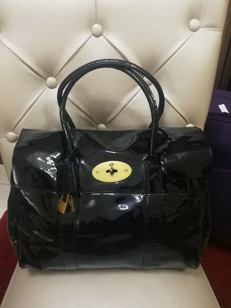 Used AUTHENTIC MULBERRY REAL LEATHER BAG.. in Dubai, UAE