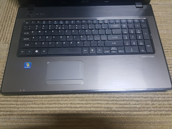 Used Acer Core i3 Laptop (Ram 3GB, HHD 250GB) in Dubai, UAE