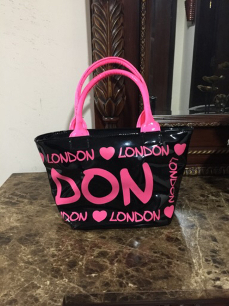 Used Pink cute hand bag preloved  in Dubai, UAE