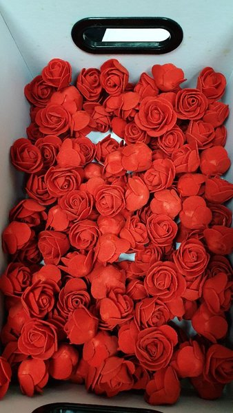 Used 150 flowers for gift wrrapping in Dubai, UAE