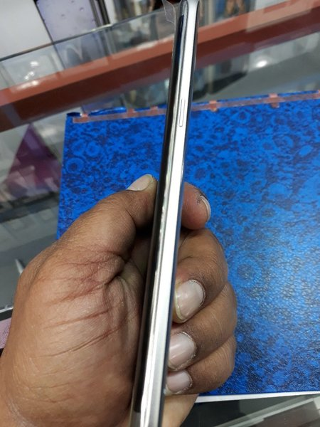 Used Samsung s7 32gb in Dubai, UAE