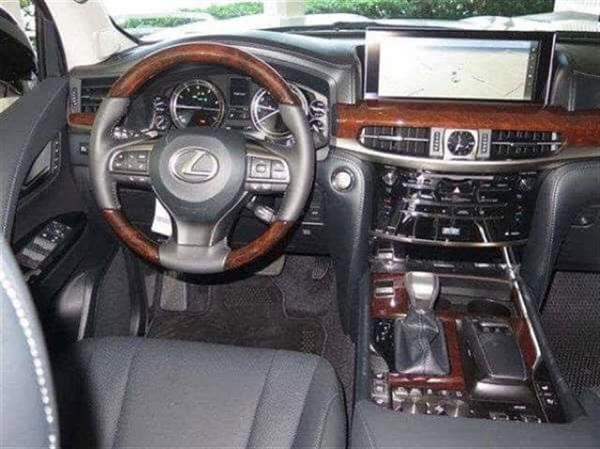 Used Lexus LX 570 2016 in Dubai, UAE