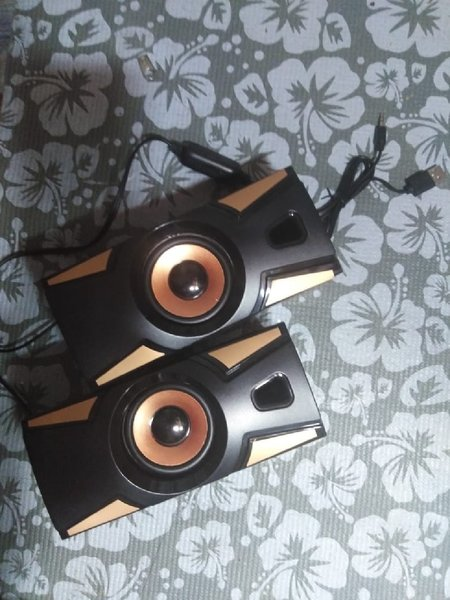 Used Hotmai best sound 2.0 multimedia speaker in Dubai, UAE