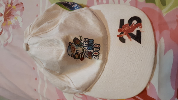 Used Cap  for sale used once in Dubai, UAE