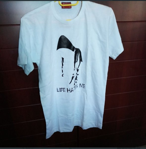 Used 2 t shirts in Dubai, UAE