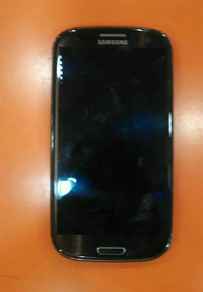 Used Read Carefully Before Buy Lcd Broken But Lcd Working Proper Used Samsung S3 Mint Condition in Dubai, UAE