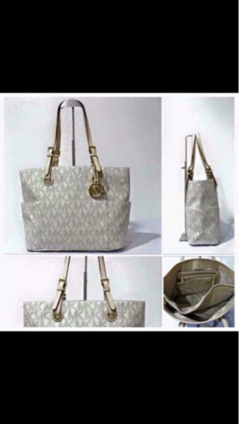 Used brandnew mk bag,authentic  in Dubai, UAE