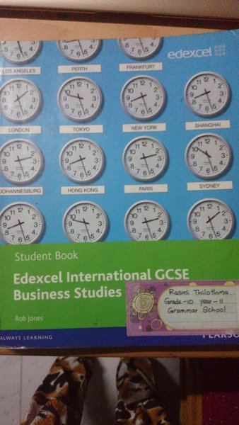 Used Edexcel IGCSE business studies textbook in Dubai, UAE