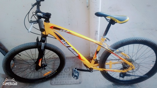 Used New bike 1 month on the road in Dubai, UAE