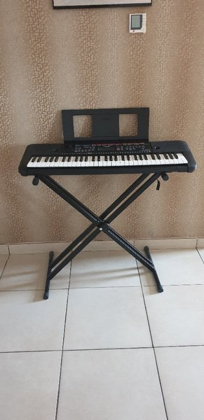Used Yamaha keyboard with all accessories in Dubai, UAE