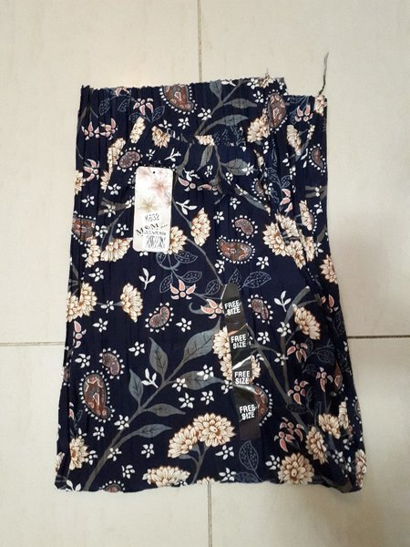 Used Plazzo pants new in Dubai, UAE