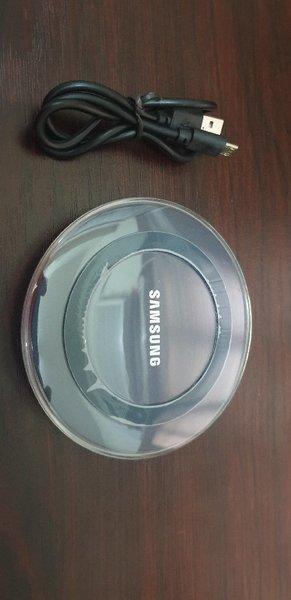 Used Samsung Wireless Charger New in Dubai, UAE