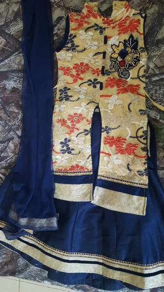 Used Frock and lehnga in Dubai, UAE