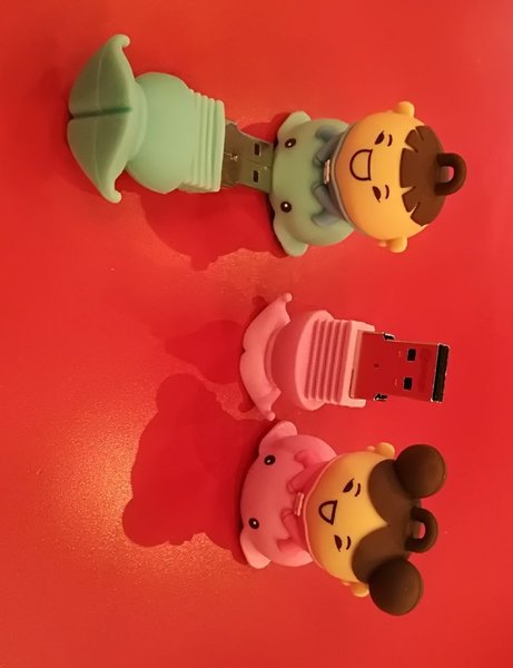 Used 4 GB USB for your Kid's Him & Her in Dubai, UAE